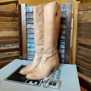 Jackie Button Frye Boots - LIKE NEW - SZ 8 1/2